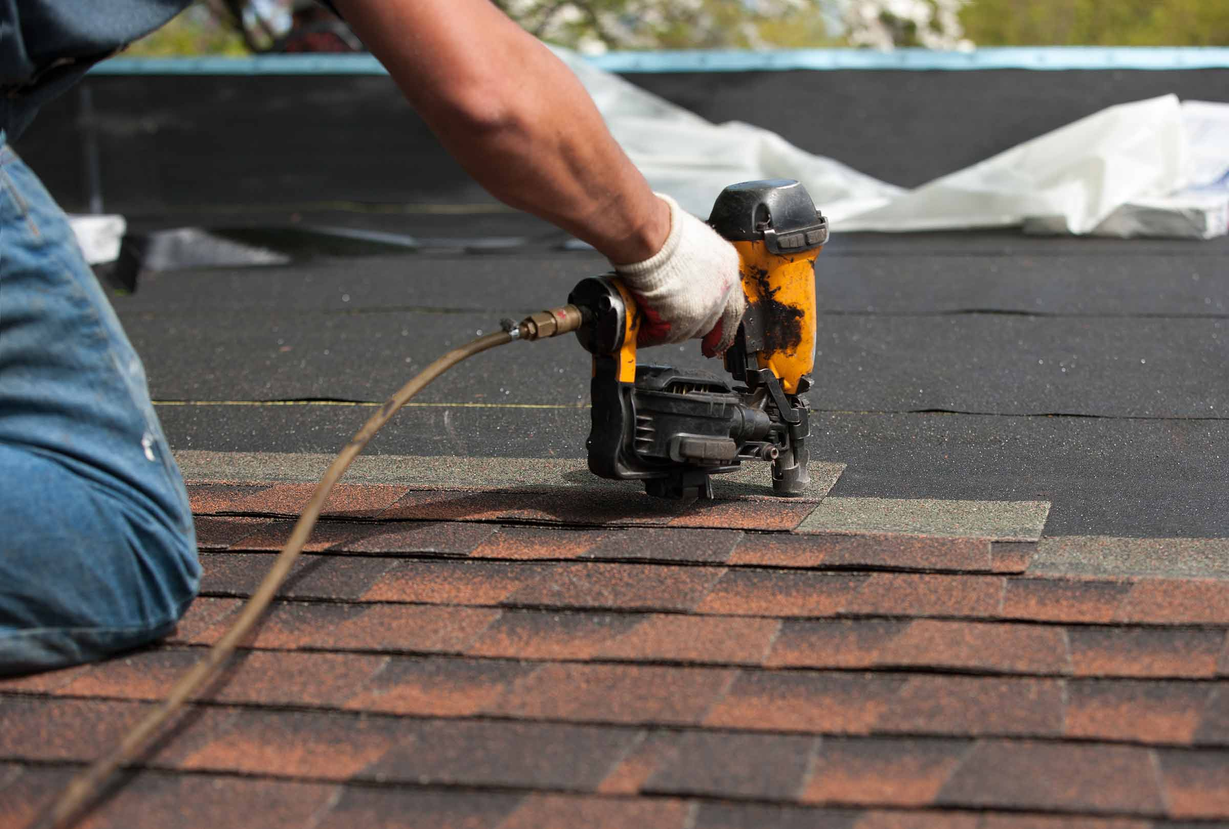 Follow These To Choose Best Roofing Contractors Oklahoma